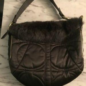 Coach H05K-3586 Black Shoulder Handbag Fur Trimmed